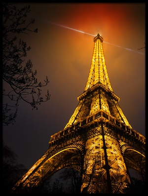 Buy this art print titled La Tour Eiffel by the artist Clemens Geiger