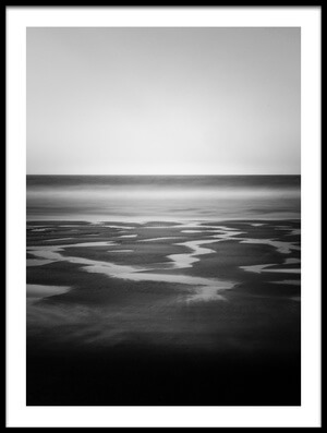 Buy this art print titled O Mar by the artist Urbangraphics