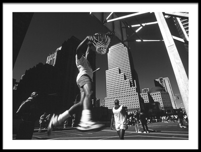 Art print titled Dunking (from the Series Metropolis) by the artist Dieter Matthes