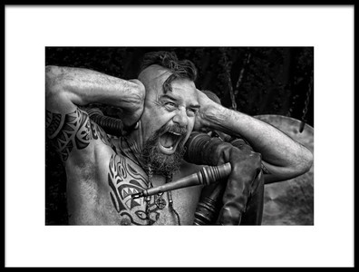 Art print titled The Screaming Singer by the artist Lus Joosten