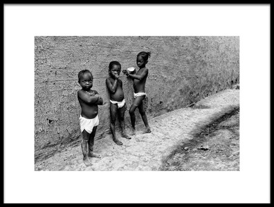 Art print titled Three GirlsI  Djenn, Mali by the artist Joxe Inazio Kuesta Garmendia