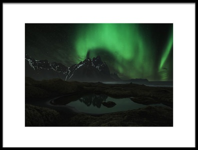 Art print titled Vesturhorn by the artist Jingshu Zhu